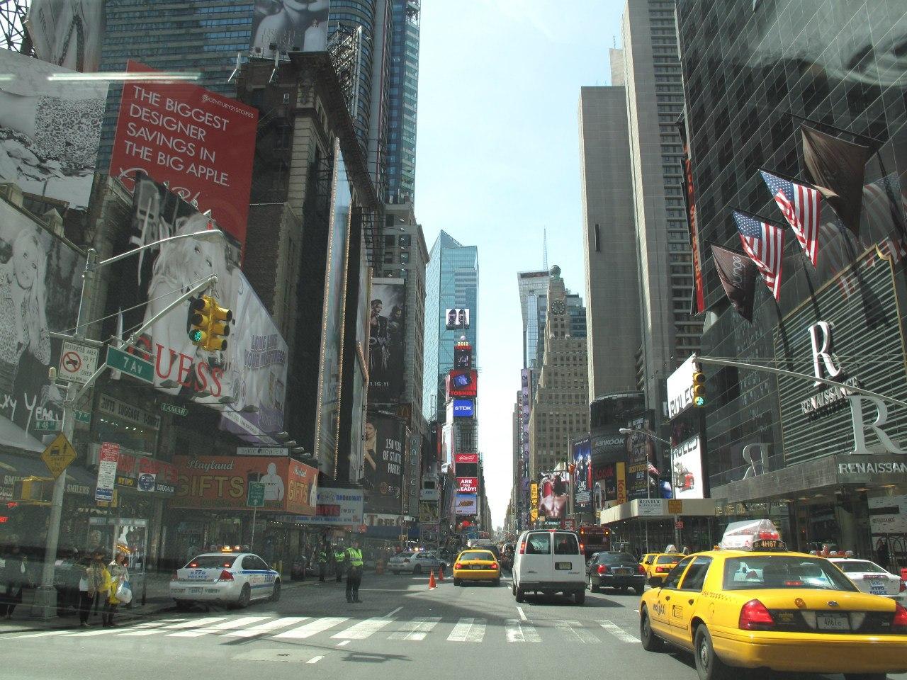 Картинки по запросу нью йорк фото туристов