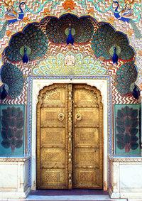 26 невероятных дверей со всего мира