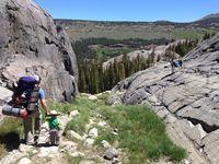 Двухлетний малыш-путешественник покоряет горные вершины!