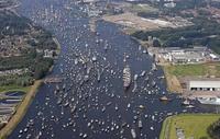 11 снимков парада кораблей в Амстердаме, после которых сразу хочется выйти в море