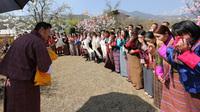Эко-страна Бутан отпраздновала рождение принца самым необычным способом!