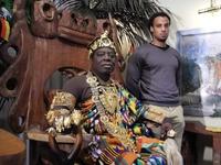 Знакомьтесь, король Банса: монарх и автомеханик