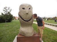 15 самых уродливых скульптур в мире, за которые местным жителям приходится краснеть