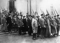 15 фото французского информационного агентства о Советской России в 1918-1930 гг.