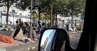Ужасающий Париж: 11 новых фото о том, как выглядит город «в плену» у беженцев