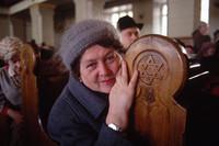 15 красноречивых фото о том, как жилось людям, когда умирал Советский Союз