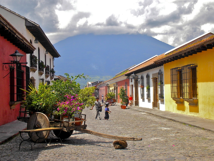 Гватемала Гватемала Calle del Arco  Antigua Guatemala