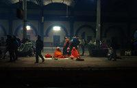 Интригующая ночная жизнь индийского вокзала
