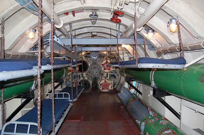 торпедный отсек подводной лодки фото