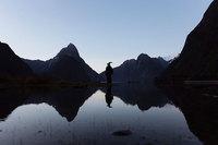 Он путешествует по Новой Зеландии в костюме Гэндальфа и делает просто эпические фото!