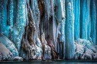 10 фантастических снимков царства тысячи замерзших водопадов на Плитвицких озерах