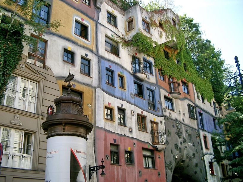 how hundertwasserhaus and architecture excites me essay