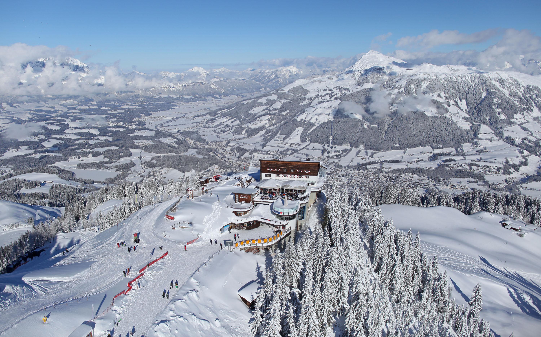 Сегодня, по словам опытных горнолыжников, Австрия предоставляет лучшее  соотношение цены и качества, чем даже самые популярные курорты французских  Альп. 6bb5cfaa3be