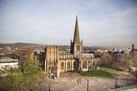 Sheffield Сathedral (Church Street) – обязательно зайдите внутрь!