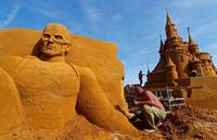 Крупнейший фестиваль песчаных скульптур потрясает своими невероятными творениями