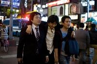 Трагикомическая жизнь японских бизнесменов в 10 правдивых фотографиях