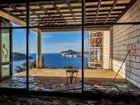 13 потрясающих заброшенных отелей со всего мира и их истории