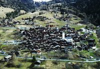 Швейцарская деревня выплатит $70 000 семьям, желающим переехать сюда жить