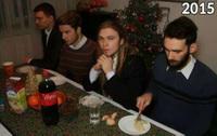 Каждое Рождество 4 друга делают одно и то же фото, чтобы увидеть, как их меняет время