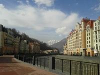 Главная улица Красной Поляны