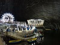 Фантастическая Салина Турда: как старую соляную шахту превратили в туристический рай