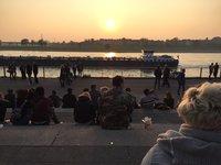 Закат на Рейнской набережной