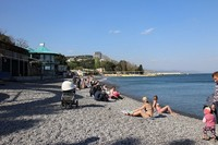 Алушта: на пляже в апреле