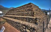 Загадка острова Тенерифе: кто построил пирамиды Гуимар на Канарских островах