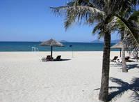 После обеда пляжи пустынные из-за сильной жары
