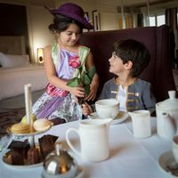 Отели Waldorf Astoria предлагают идеальный отдых для родителей с детьми