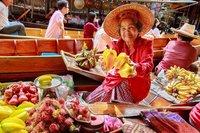 Необычный «плавучий» рынок Таиланда