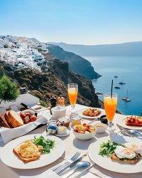 Самые красивые завтраки в самых живописных уголках планеты
