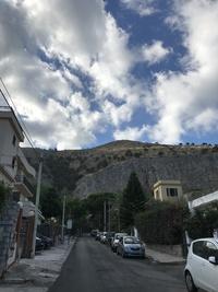Дорога к вилле в г.Монделло