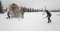 Удмуртский хоккей с мячом в парке «Лудорвай», март.