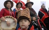 Народ хайда: зачем канадцы сняли фильм на языке, который мало кто понимает