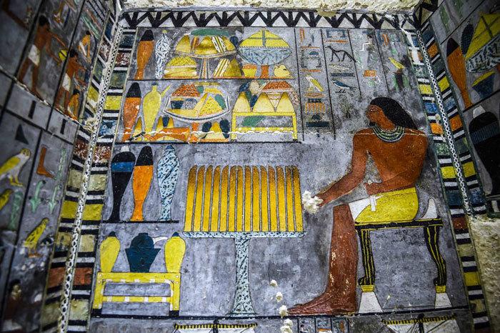 Археологи нашли 4000-летнюю гробницу, которая будто только что расписана