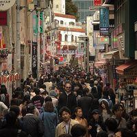 10 раз, когда люди побывали в Японии и поняли, что они слишком высокого роста для нее