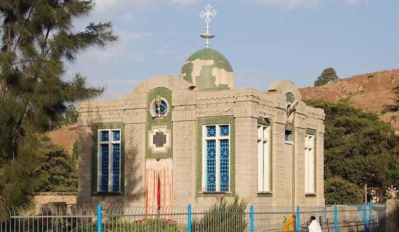Зачем Бенито Муссолини в Эфиопии искал Ковчег Завета — загадочную древнюю реликвию